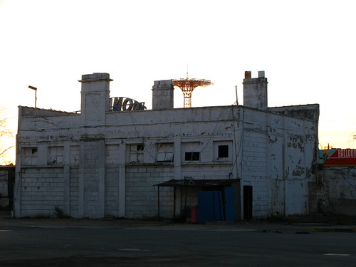 Feltman's Kitchen on Astroland - Scheduled for Demolition. Photo © Bruce Handy/Pablo 57 via flickr