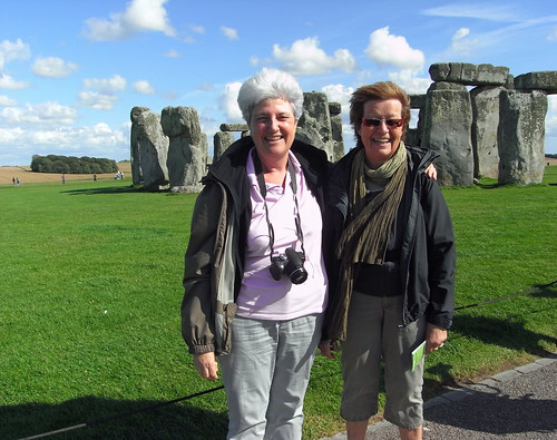 Annik and Claude at Stonehenge