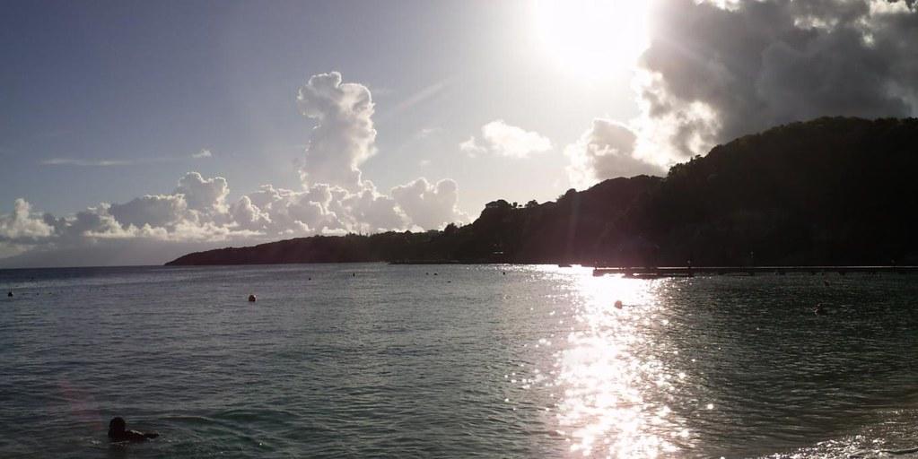 Panorama de la plage de caravelle