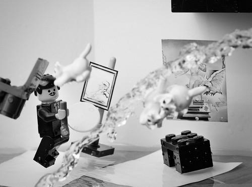 LEGO Dali Atomicus