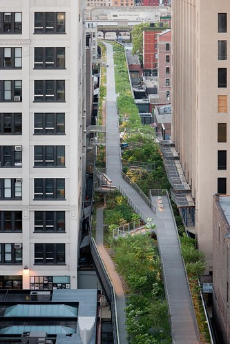 high_line_falcone_flyover_1
