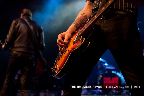 THE JIM JONES REVUE 6