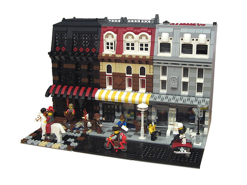 LEGO 10182 Cafe Corner alternate model