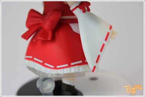 Skirt details