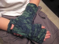 twisty fingerless mitts