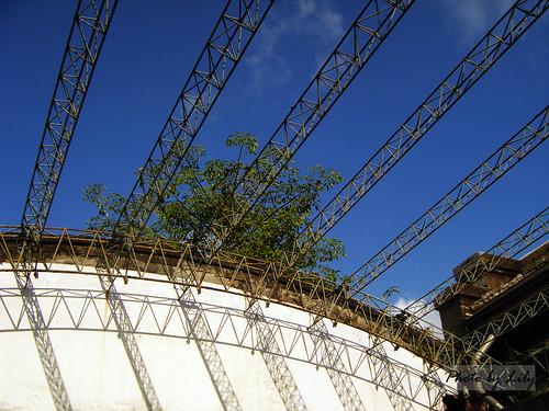 天空,鐵架。