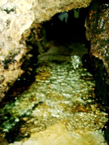 The narrow path towards the underwater lagoon