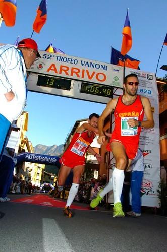 Martín da el relevo a David en el Trofeo Vanoni
