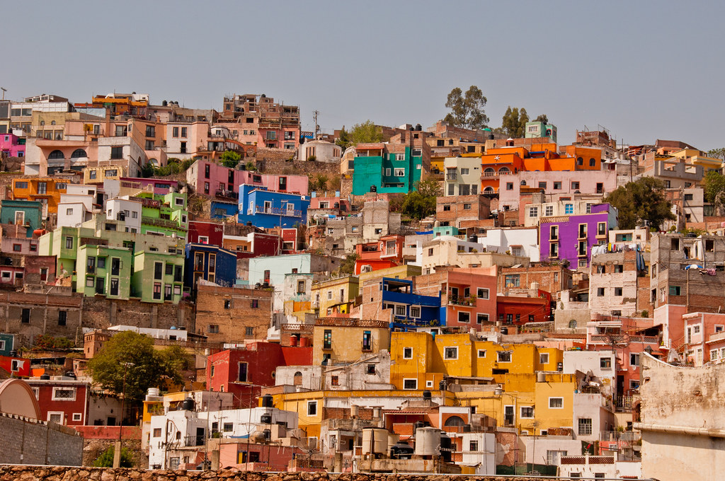 Houses on the valley side, Guanajuato