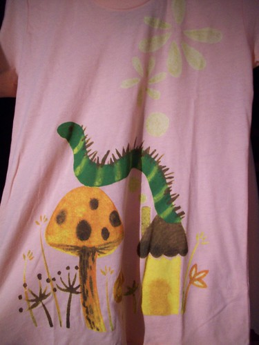 Caterpillar t-shirt (w) - Saelee Oh