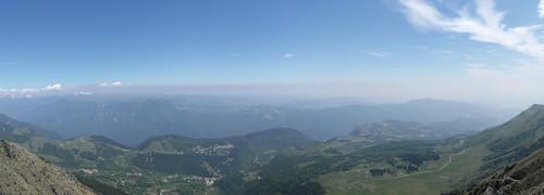 view of Valle della Ferrara, Vaio dell'Orsa, Spiazzi e Val D'Adige dietro