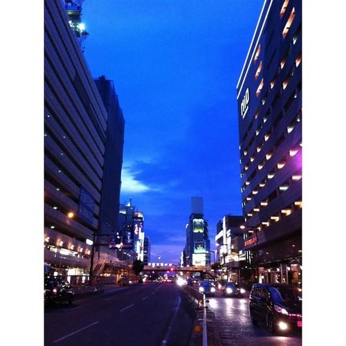 縦長に挑戦! 天王寺駅前から。#sunset