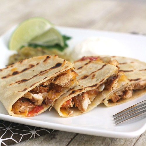 Grilled Chicken with Chicken, Tomatoes & Onions