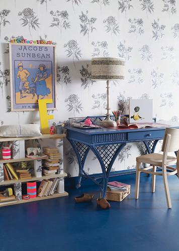 the estate of things chooses kids desk