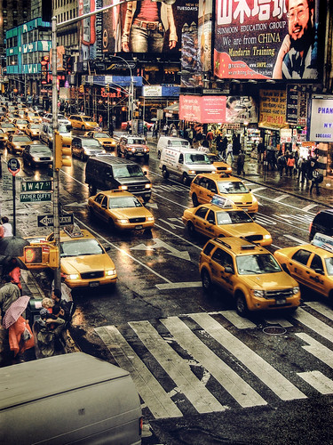 new york taxis (click to enlarge)