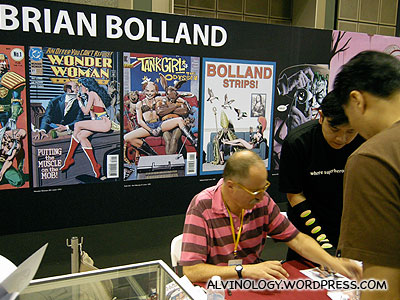 Brian Bolland, signing autographs