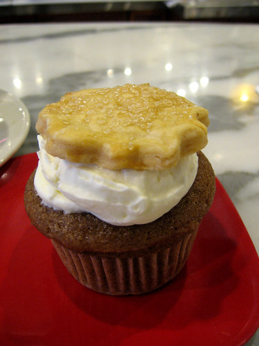 Apple pie cupcake with pie crust!