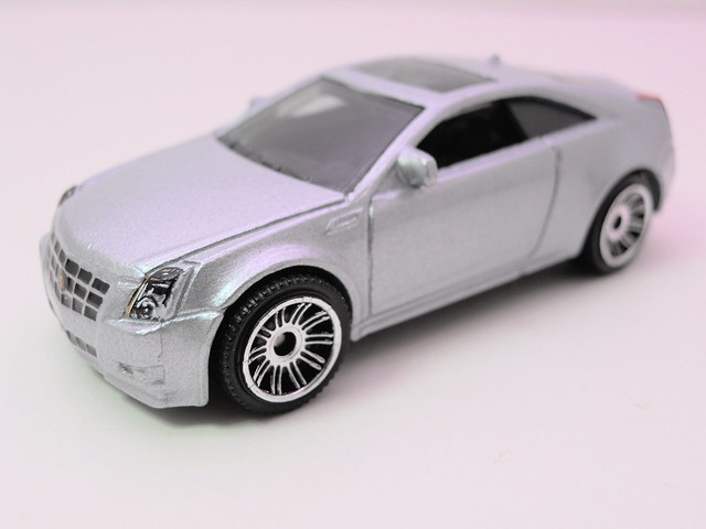 matchbox cadillac cts coupe (2)