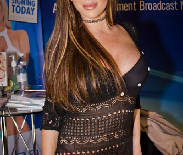 Tasha Reign At The Avn Adult Entertainment Expo 2017