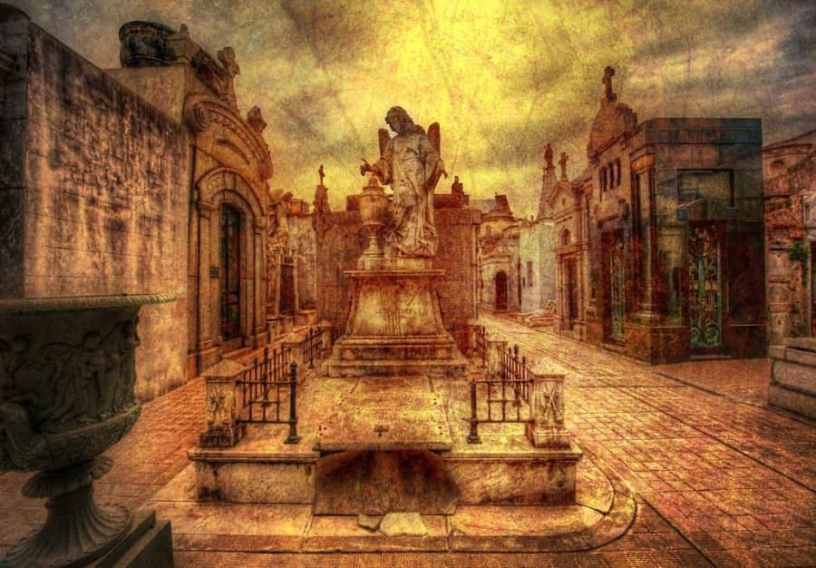La Ricoleta - The Crypts of Buenos Aires
