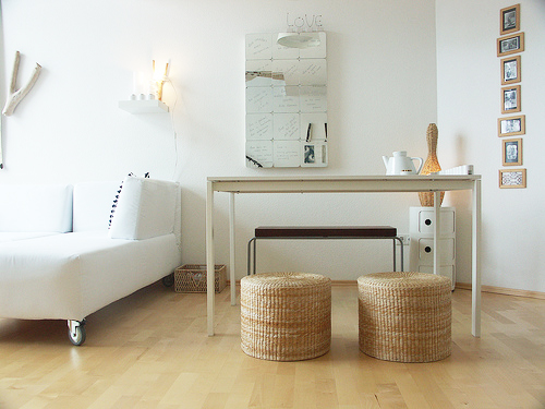 Neutral Love: Apartment In Frankfurt
