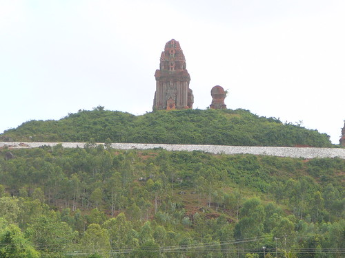 Banh It Cham towers, Dinh Binh par ArnisD