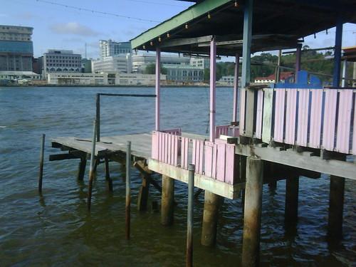 Brunei, da wo die Leute auf dem Wasser wohnen