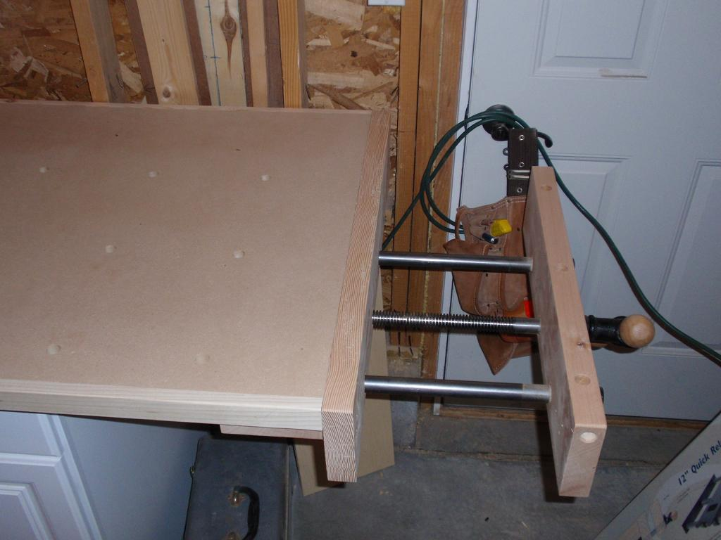 New Vise (open)