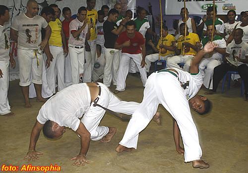 Capoeira Senzala Negra 29 por você.