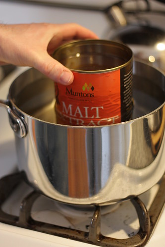Warming the malt extract