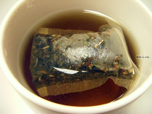 我個人很喜歡這款魚腥草茶的味道,喝起來很舒服。