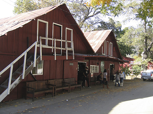 Oak Glen Cider Barn