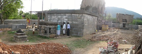 Back side of the tmeple (by Raju's Temple Visits)