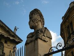Zwischen Sheldonian Theatre und Bodleian Library