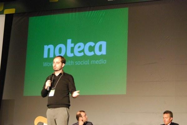 Fernando presentando Noteca en el EBE09