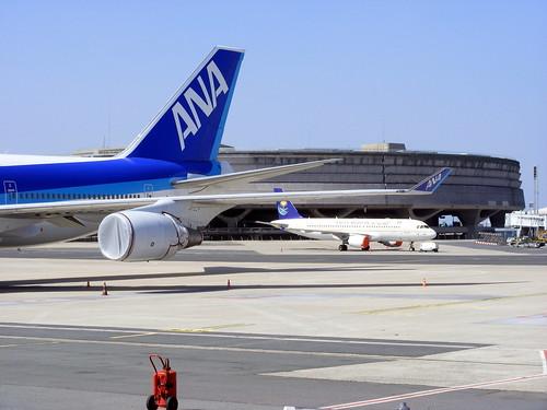 Saudi Arabian Airlines Airbus A320-214 HZ-ASA, parked @ Paris CDG