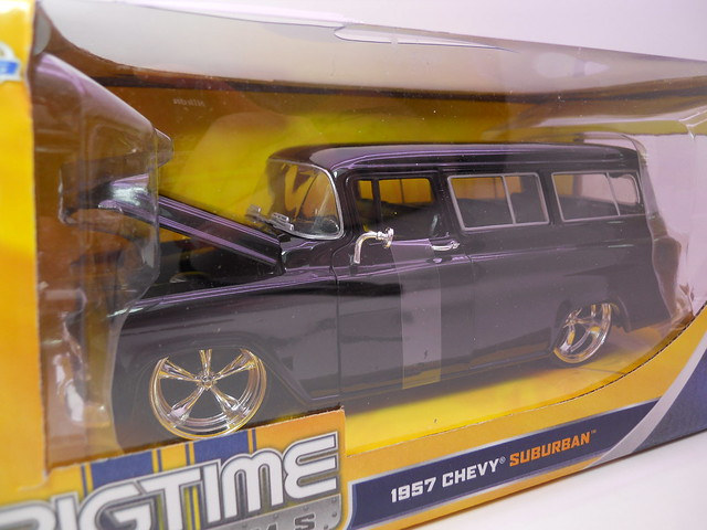 jada toys big time muscle '57 chevy suburban (2)