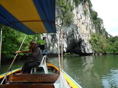Unser Bootsfuehrer in Phang Nga Bay