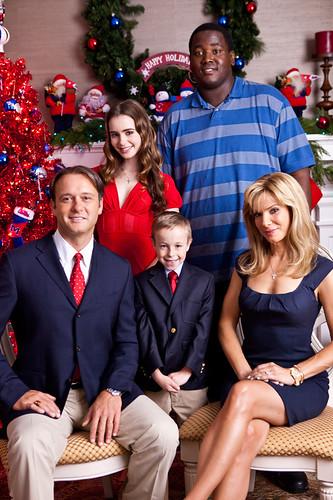 劇中的Tuohy一家,Leigh Anne把這張當作年度耶誕卡囉!