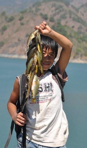 Fishing in Ambuklao Dam