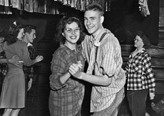 High School Dance: 1941