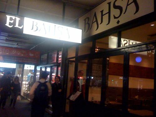 La bahsa, Newtown