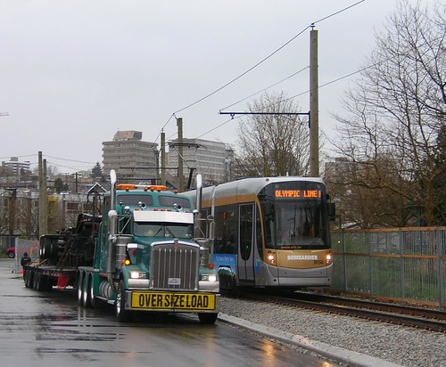 STIB3050 with the removal truck