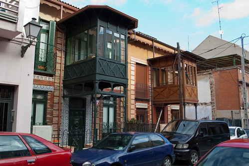 Casas de estilo modernista junto a Ventas