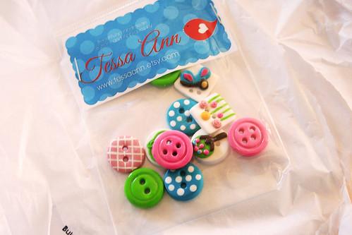 Button-3
