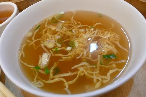 鼎太元-小籠湯包-蛋絲清湯