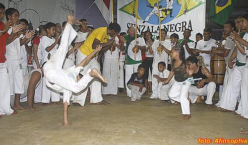 Capoeira Senzala Negra 54 por você.