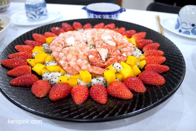 Prawns and Fruit Salad