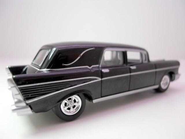 johnny lightning 1957 chevy hearse (3)