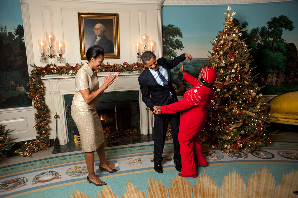 ... Lady Michelle Obama Greet Edith Childs, From Greenwood, S.C., In The  Diplomatic Reception Room Of The White House, During A Holiday Party, Dec.  4, 2009.